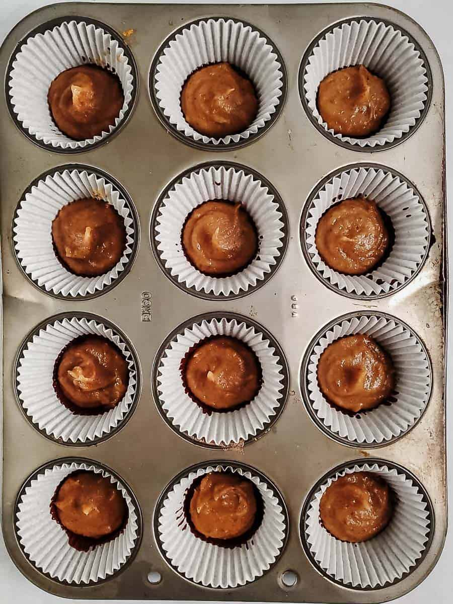 Melted Chocolate And Date Caramel In Muffin Cups