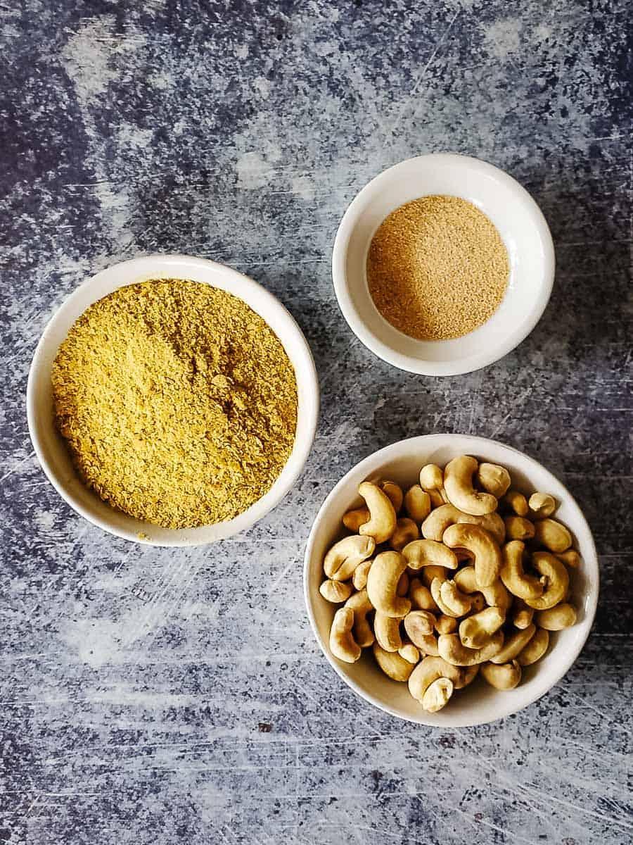 Cashews, Nutritional Yeast, & Garlic Powder