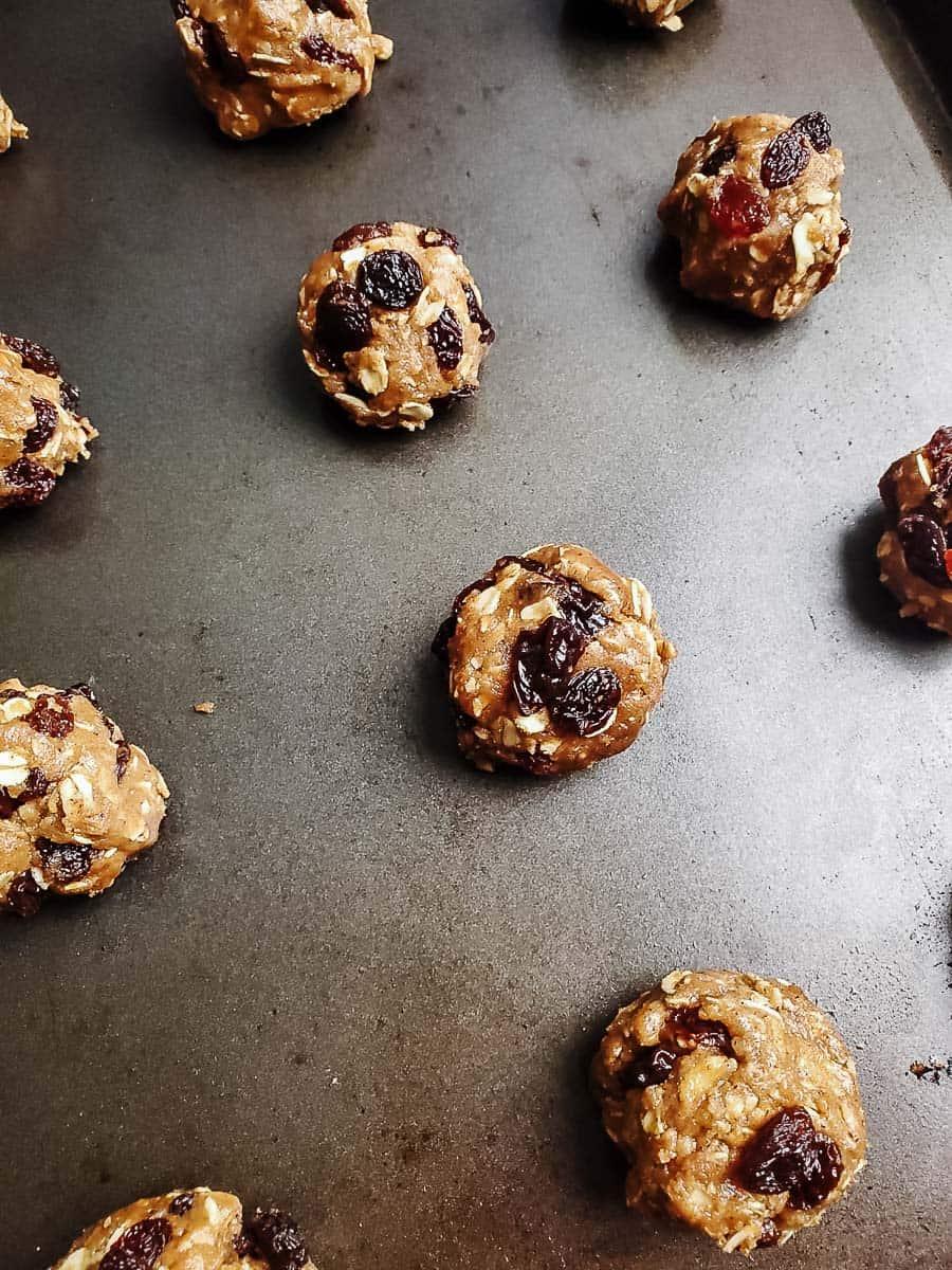 Unbaked Oatmeal Raisin Cookies