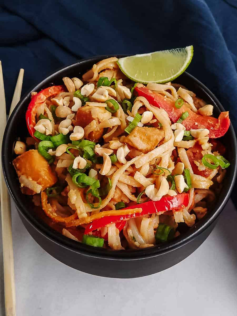 Spicy Peanut Noodles In A Bowl