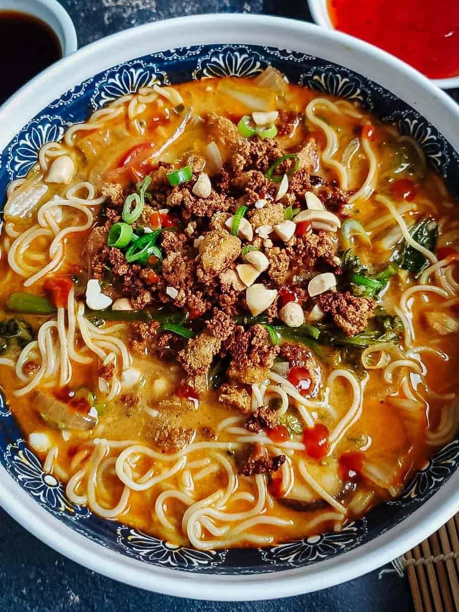 Creamy Ramen Noodle Bowl