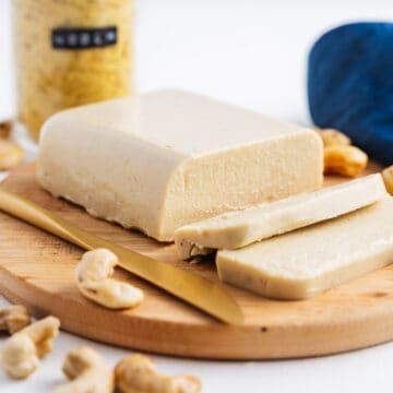 Smooth Spreadable Vegan Cheese