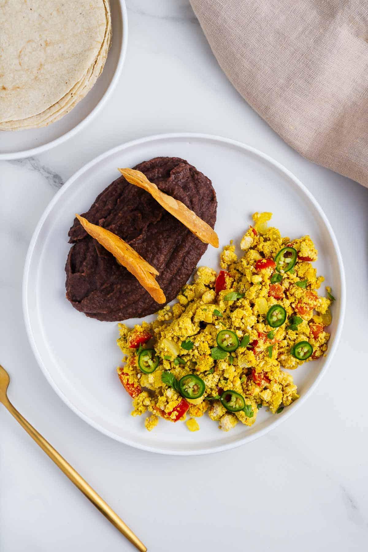 Vegan Huevos a la Mexicana With Refried Beans