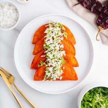 Enchiladas Potosinas on a Plate